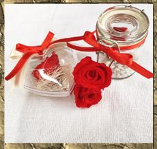 Bomboniere con rose stabilizzate